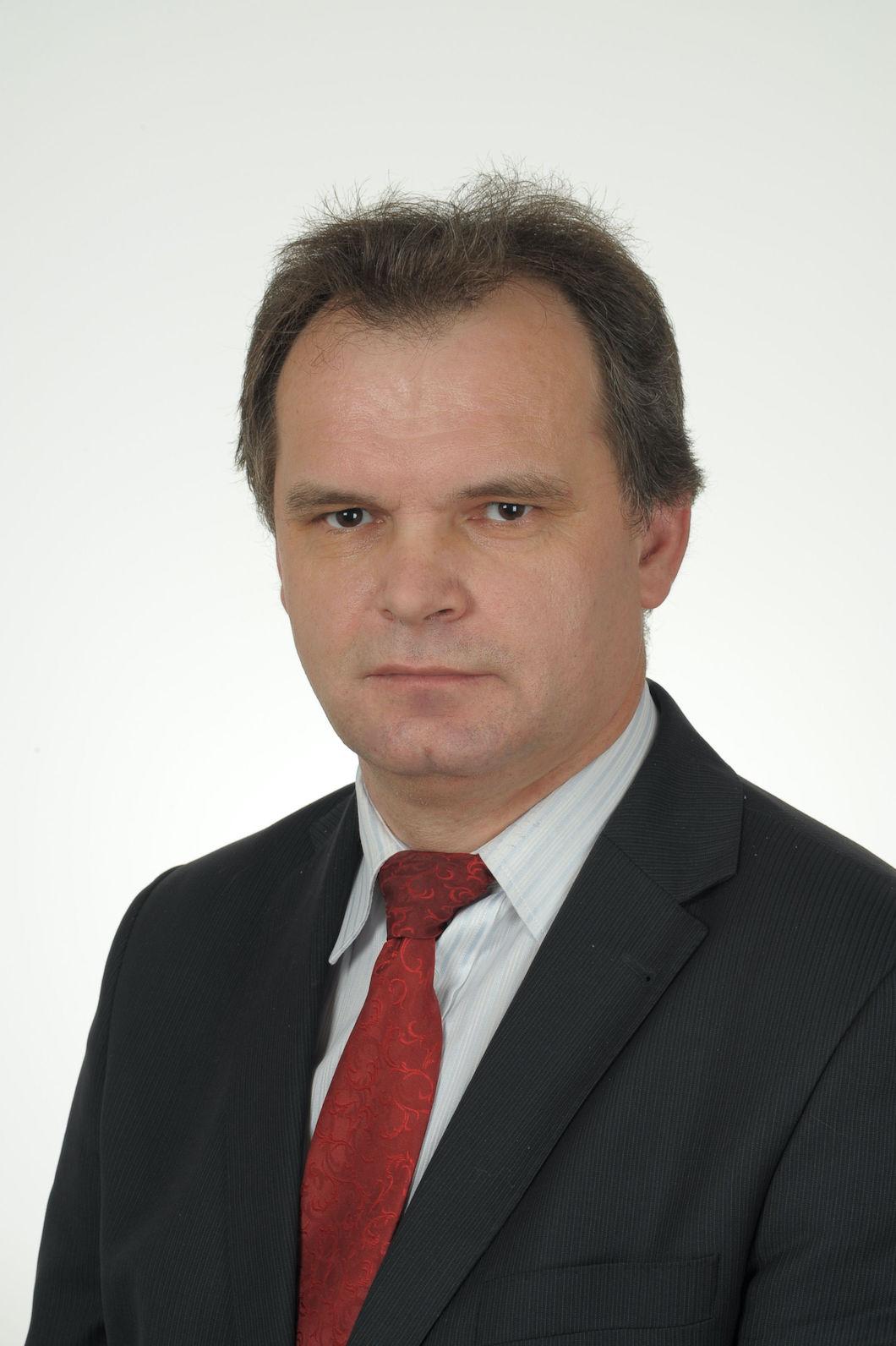 dr hab. Wiesław Ciechomski prof. UEP, Uniwersytet Ekonomiczny w Poznaniu