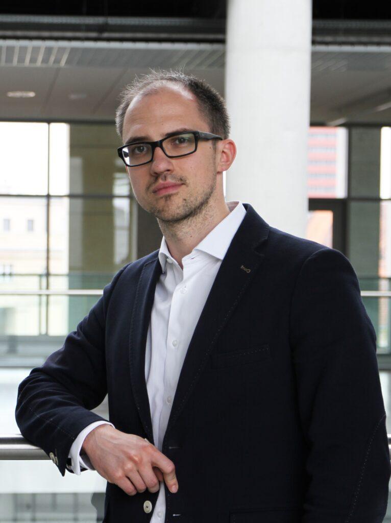 dr Tomasz Zawadzki